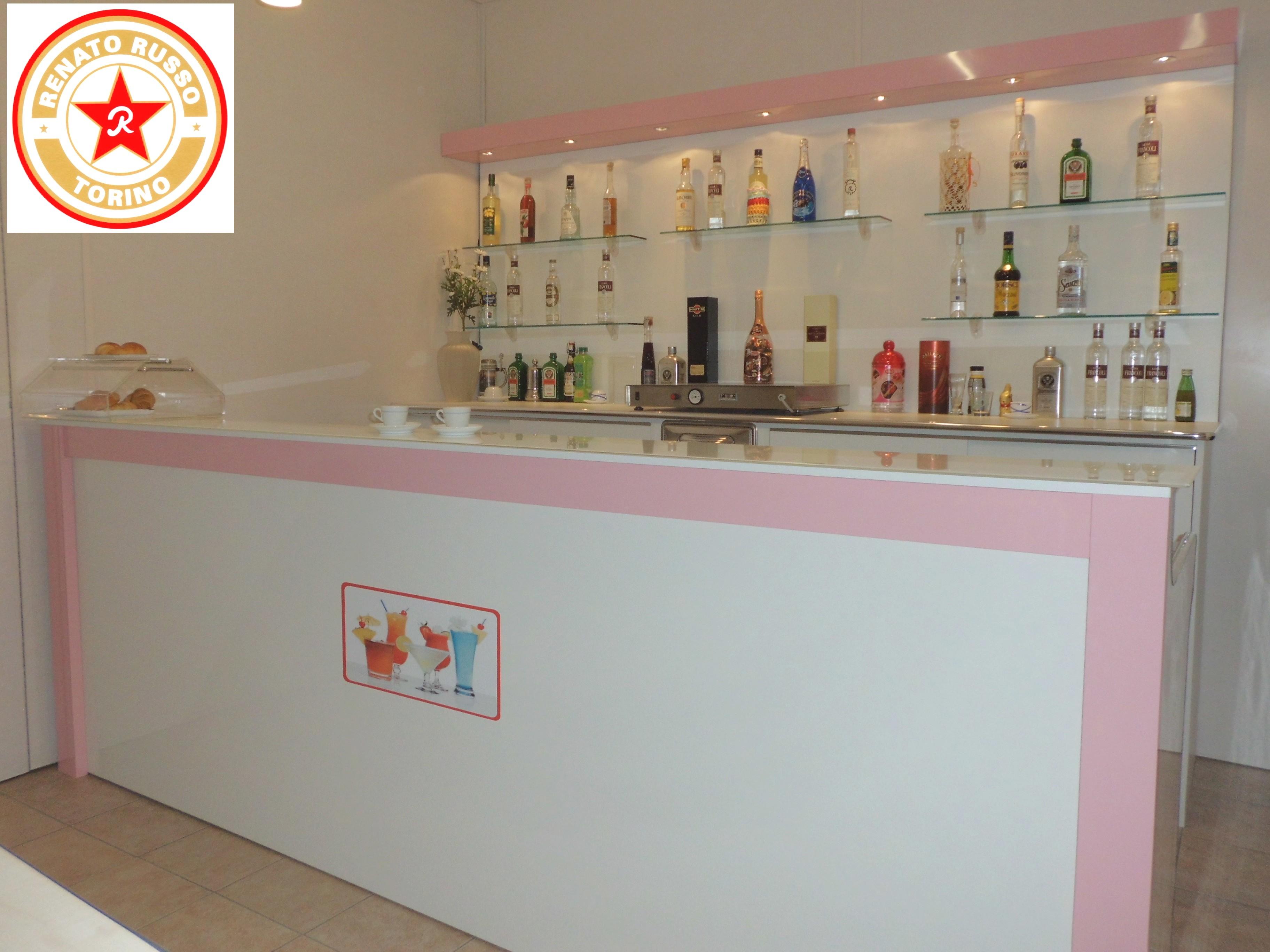 Banchi frigo dal 1980 produttori di banchi frigo for Banco bar moderno